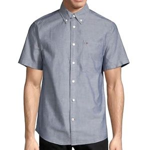 TOMMY HILFIGER // short sleeve button down shirt